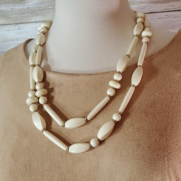 CHICO'S NWT Long Beaded Lamarva Necklace